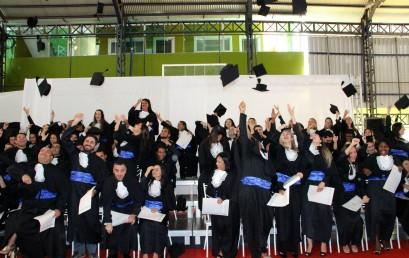 Salesiana forma novos profissionais