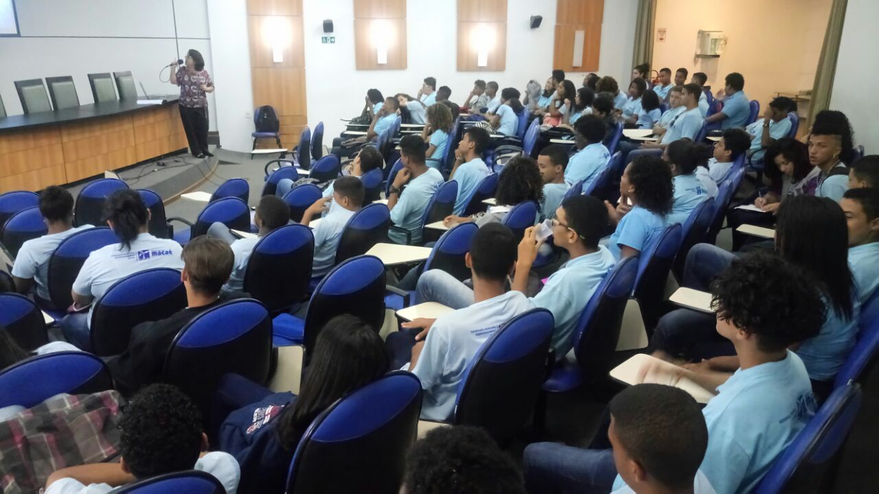 Jovens do Programa Nova Vida recebem capacitação sobre Empreendedorismo