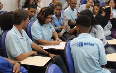Salesiana Macaé e Nova Vida capacitam adolescentes