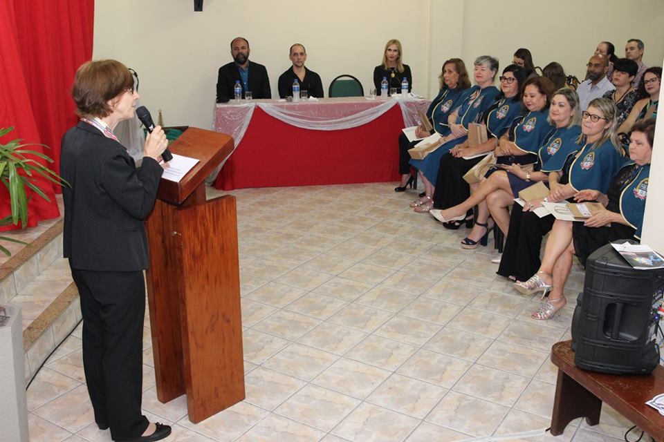 "Salesiana entrega certificados da ""Universidade da Maturidade"""