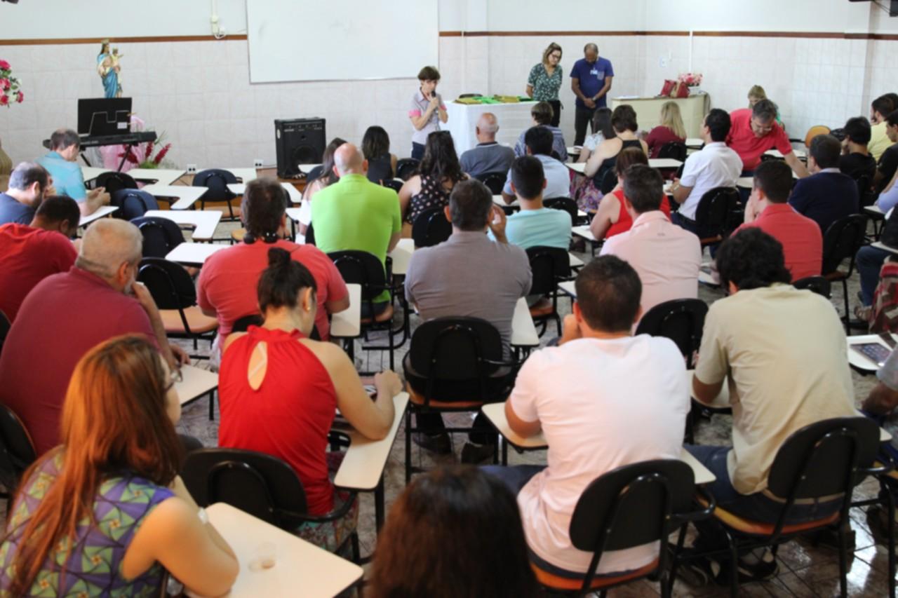 Salesiana: professores reúnem-se para preparar o início das aulas