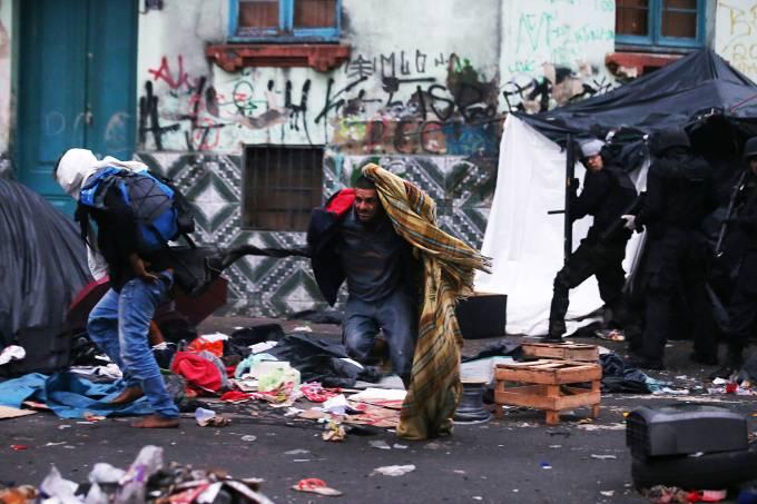 Interlocuções entre a Psicologia e os Direitos Humanos: Problematizando as políticas de álcool e drogas no Brasil