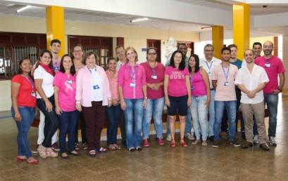 Outubro Rosa: movimento de conscientização na Faculdade Salesiana e no INSG/Castelo