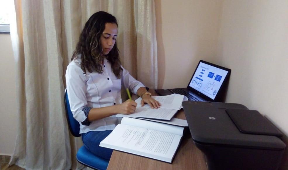 Estudante é aprovada em mestrado de produtos bioativos e biociências