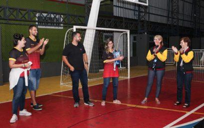Atlética Espartanoz apresenta troféu do JUNFRI