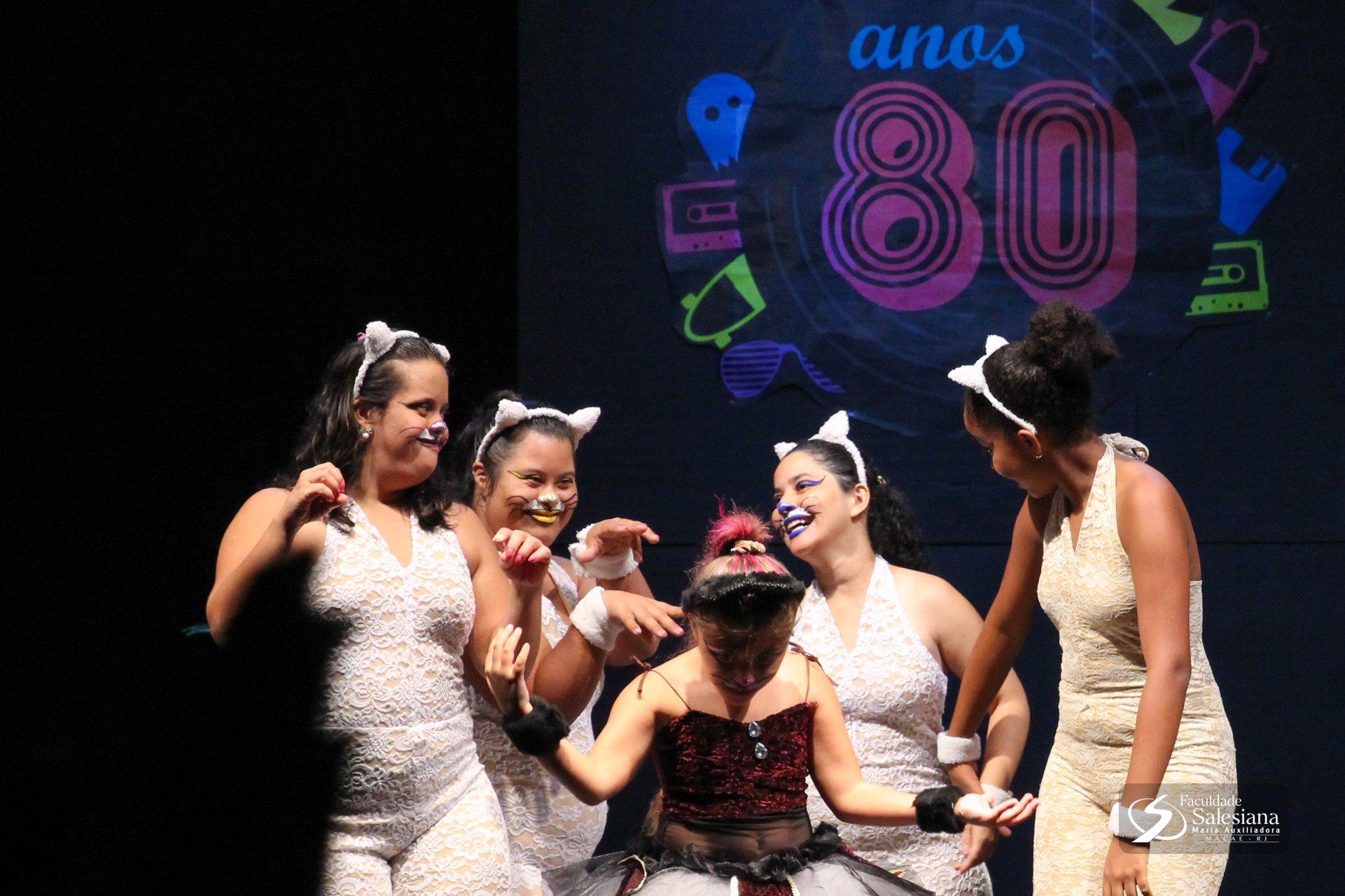 """Festival de Talentos da Salesiana celebra a cultura """"Anos 80"""""""