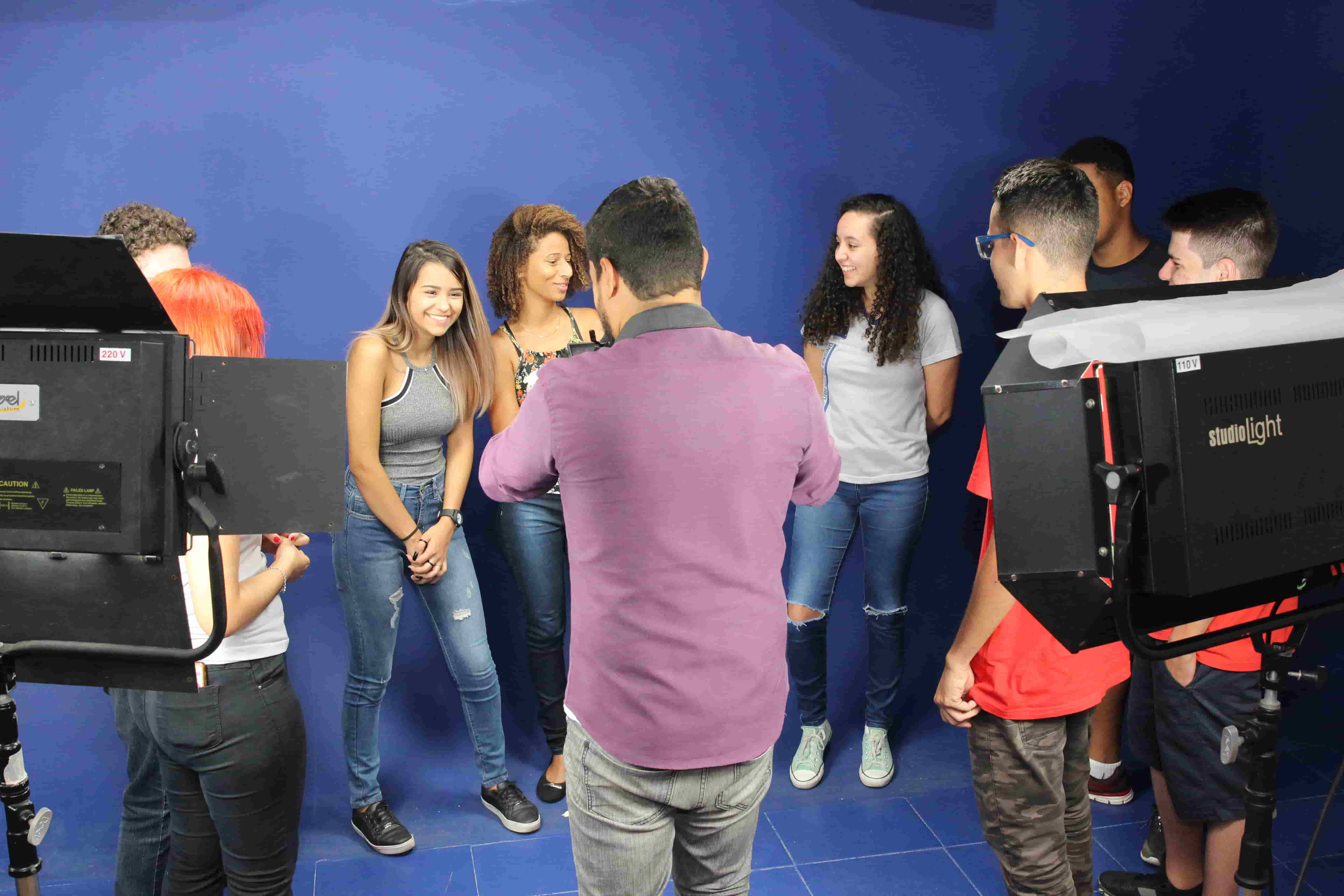 """Estudantes do Colégio Visconde passam """"Uma tarde na Salesiana"""""""